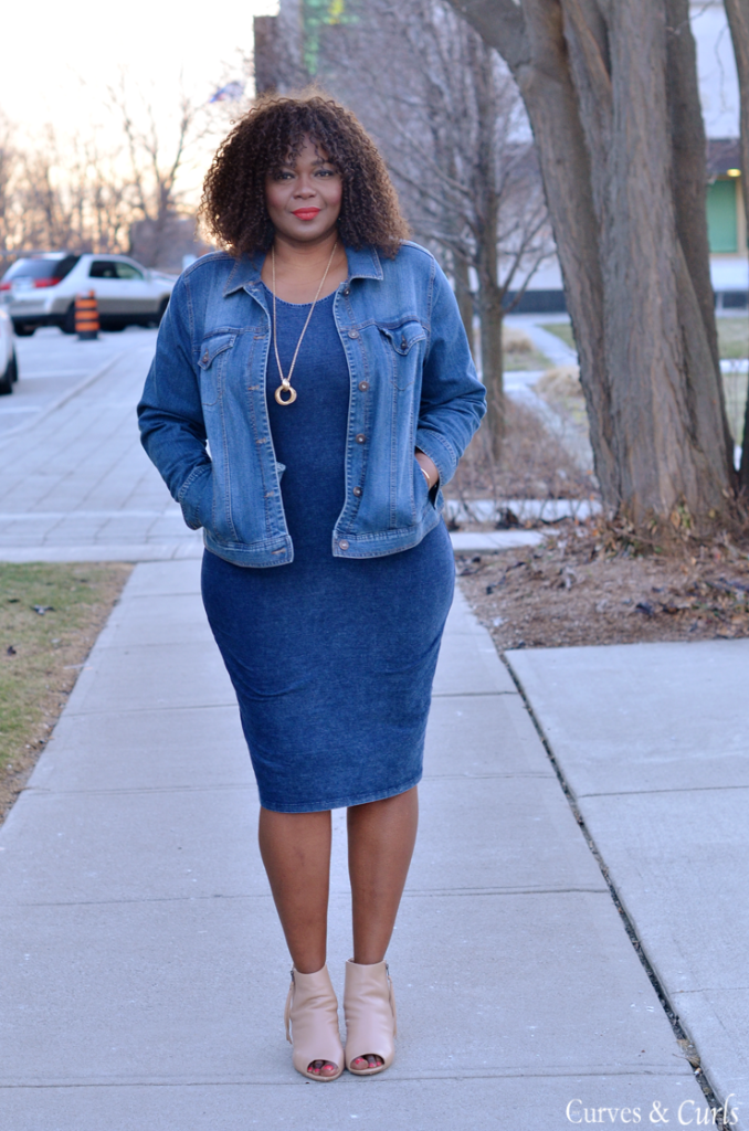 Canadian plus size fashion blogger, Toronto fashion blog, How to wear denim on denim